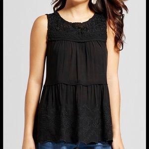 Knox rose beautiful crochet blouse size L